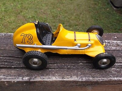 Roy Cox Thimble Drome Yellow #73 Pusher Tether Car Nice Condition