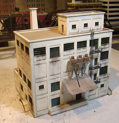 HO Scale Walthers Milling Building Built Painted Weathered