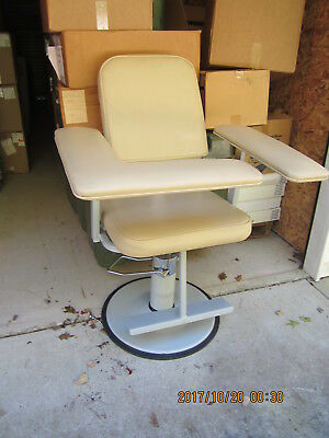 Height Adjustable Blood Draw Chair Medtek Custom Comfort New Other $1,200 Retail