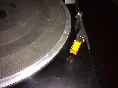Classic vintage Technics Sl-J110R Turntable with spare genuine Technics stylus