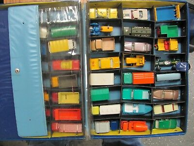 Lot of VINTAGE Matchbox cars  1960's Lesney WITH CASE (NO RESERVE)