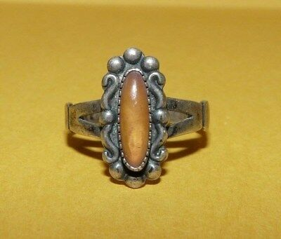 ~Vtg~Native~Navajo~Sterling~Silver~&~Mother Of Pearl~Ornate~Ring~Size 6~Signed~