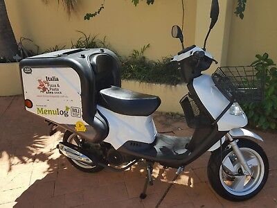 TGB Scooter BK8Series 66km Transcoot Jan 2015 Pizza Delivery 150cc BK8series
