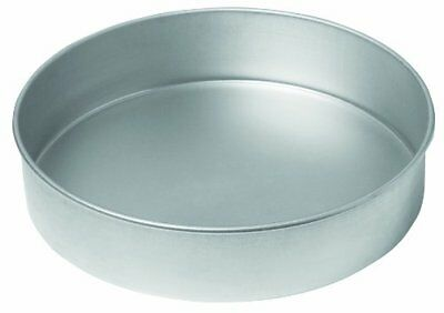 Chicago Metallic Commercial II Traditional Uncoated 9in Round Cake Pan, New