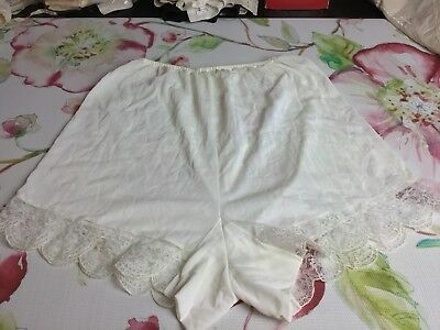 NWOT Vintage Kel Ray Woman's Gussets Nylon PantiesTagged Sz 10/46 High Waisted