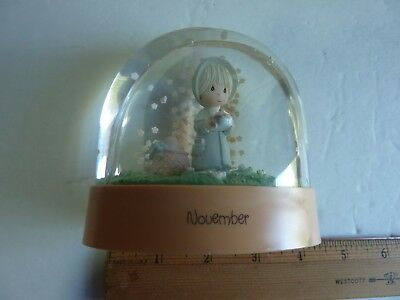 Vintage 1988 Enesco Precious Moments Water Ball Snow Globe November