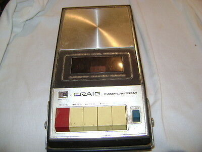 Craig portable Cassette/Recorder item 2621 uses 5 'C' batteries