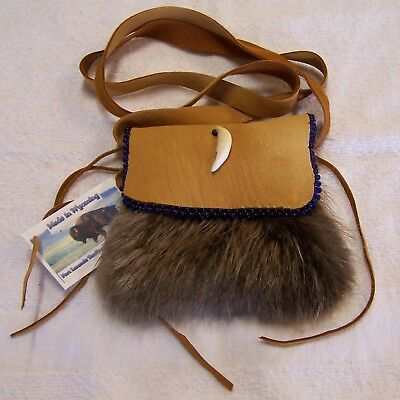Hand Made Beaded Beaver Fur Pouch Rendezvous Black Powder Mountain Man 1