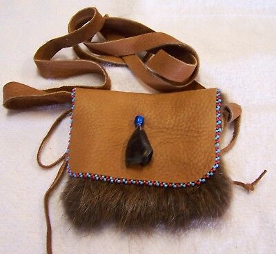 Hand Made Small Beaded Beaver Fur Pouch Rendezvous Black Powder Mountain Man 7