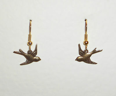 Lovely Quality Pretty Little Bird Dark Gold Plated Earrings With Hook