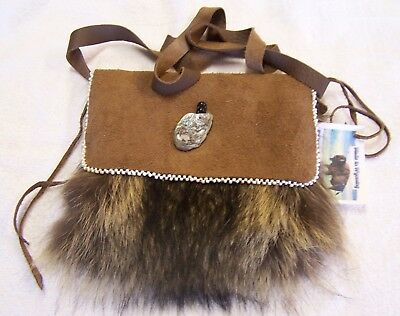 Hand Made Beaded Raccoon Fur Pouch Rendezvous Black Powder Mountain Man 2