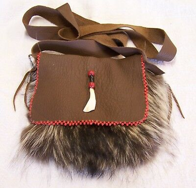 Hand Made Beaded Raccoon Fur Pouch Rendezvous Black Powder Mountain Man 3