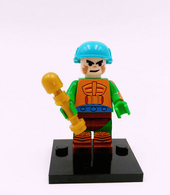 Man-At-Arms Minifigure He-Man Masters of the Universe Rare New Building Toys