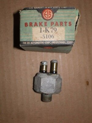 Nors 37-41 Cadillac 35-36 Hudson 36-38 Packard 40-51 Studebaker Stoplight Switch