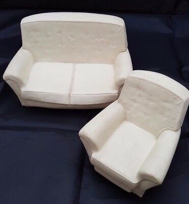 VINTAGE 1970s SINDY DOLL WHITE HARD PLASTIC SOFA AND ARMCHAIR