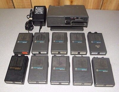 Lot of 10 Motorola Minitor II (2) Director II VHF Pagers with Amplified Charger