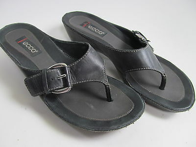 Ecco Wedge Sandals Size EU 37 US 6/7 Black Flip Flops Summer