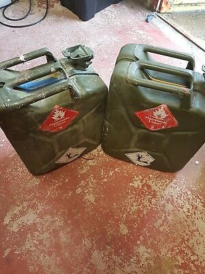 2 xMETAL FUEL JERRY CAN DIESEL PETROL OIL 20 LITRE GREEN MILITARY