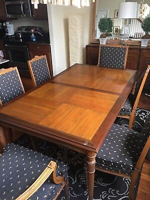ANTIQUE HAND CARVED DININGROOM Table & custom chairs