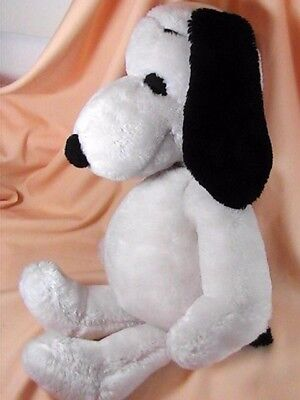 """Large Snoopy Plush 20"""" Vintage 1968 United Feature Syndicate Made in Korea"""