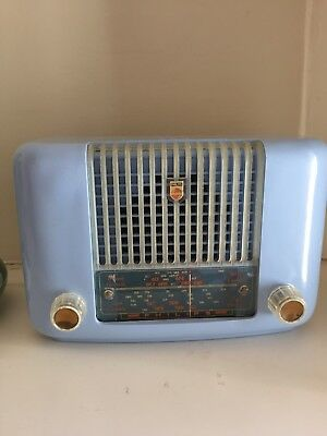 Baby BluE Phillips Vintage Radio- Amazing condition-Stunning Colour