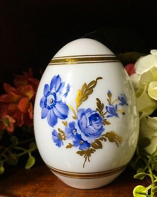 KPM Porcelain Floral Monochrom Blue and Gold Painted Easter Egg