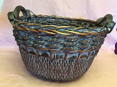 Large Wicker French Style Garden Farm Strong Basket With Handles Vintage 16.5 di