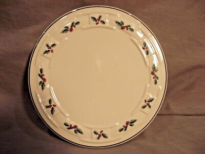 Longaberger Woven Traditions Holly Round Trivet