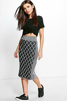 Ladies Black And Grey Knitted Skirt In Size Small To Fit Size 8-10 Bnwt