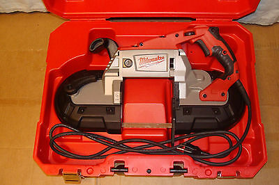 Milwaukee  6232-21  Deep  Cut Variable  Speed  Portable  Band  Saw  Kit  W/case
