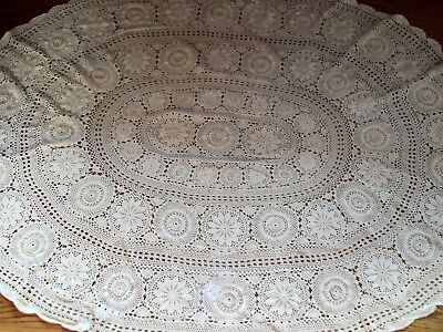 vtg hand crochet lace cotton beige 60in x 80in oval table cloth tablecloth MINT
