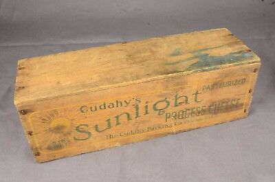 Vintage Cudahy's Sunlight Process Cheese Wooden Box Crate Chicago 5Lbs