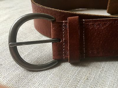 """Embossed Brown Leather Belt Silver Tone Buckle M 40"""""""