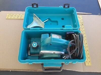 """Makita Electric Corded Hand Planer 4-Amp 3-1/4"""" In Case Model No. N1900B"""