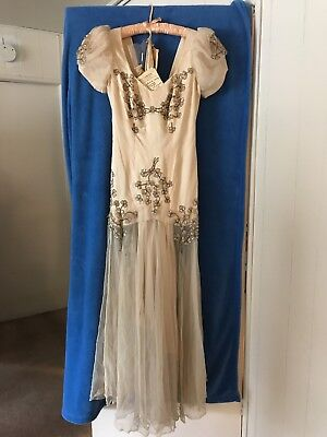 Mae West dress authentic and Genuine worn by Mae West.  Appraised at $6000-$8000