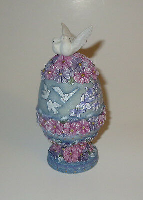 Dove and Devotion G DeBrekht Box White Birds Pink Purple Blue Trinket
