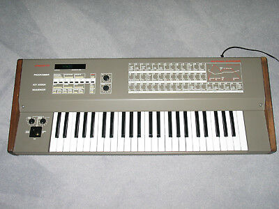 Polyphonic Analogue Synthesizer Tiracon 6V, digital controlled, vintage! Rare!