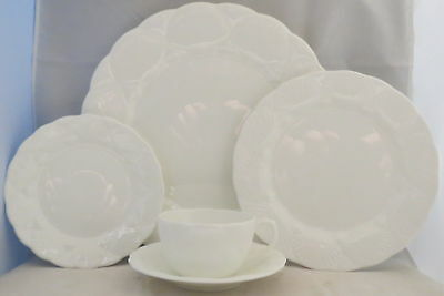 Coalport Oceanside 5 Piece Place Setting