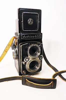 Yashica 635 TLR Twin Lens Reflex Camera - 80mm Lens - Untested - Parts / Repair
