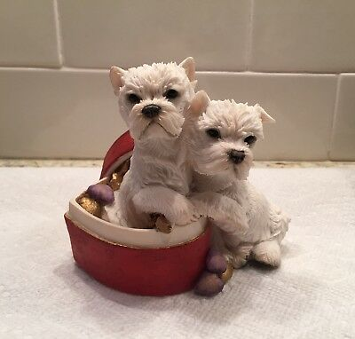 "Country Artists figurine ""Westie pair in heart shaped box"" West Highland Terrier"