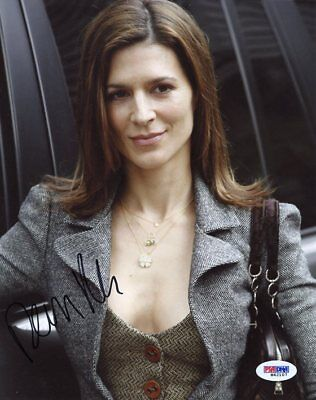 Perrey Reeves Entourage Signed Authentic 8X10 Photo Autograph PSA/DNA #M42107