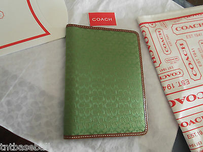 Coach Photo Holder Green! Signature C's!!   NWT MFSRP  $98
