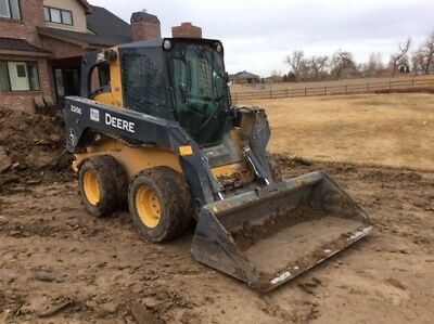 2014 John Deere 326E Skid Steer Loader