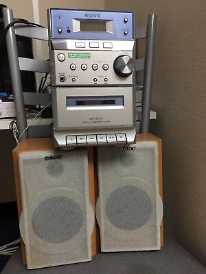 Sony Micro Hi Fi component System CMT-EP313 -CD/ Cassette/ Mini Disk/ Aux/ Radio