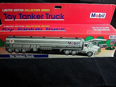 Mobil Oil Toy Tanker Truck 1993 New In Sealed Box With Lights & Sound