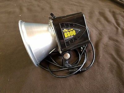 (2) Alien Bee B800 studio strobes black