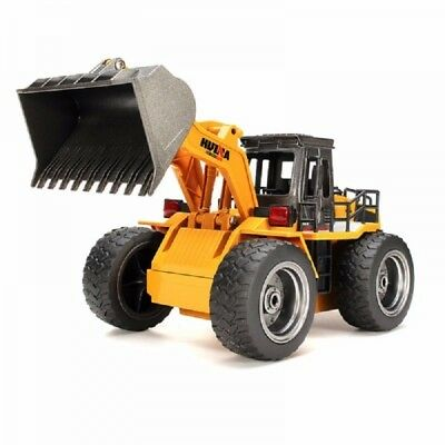 HuiNa Toys 1520 6-Channel 1/14 RC Metal Bulldozer Charging RC Car Brown
