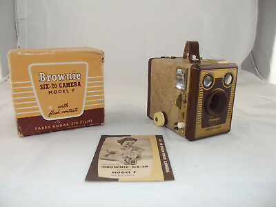 Vintage Kodak Box Brownie SIX-20 camera Model F Near Mint Condition