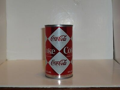 Nice vintage Coca Cola  Can  with multiple Diamonds 1960s Chicago