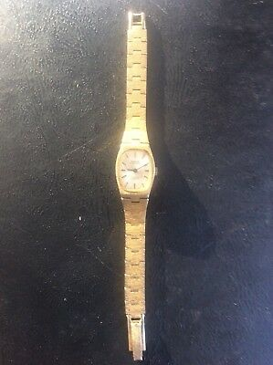 Montine of Switzerland 17 jewels Swiss Incabloc wind up ladies watch Gold Tone